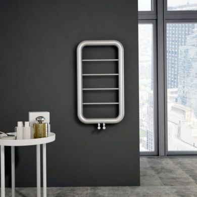 /c/a/carisa-paros-stainless-steel-towel-radiator-900x500mm_01.jpg