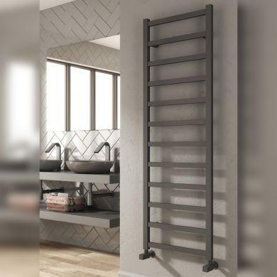 Reina Fano Aluminium Designer Towel Rail 720x485mm